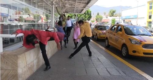 """Bailarán """"Transeúntes"""" en el andador turístico estedomingo"""